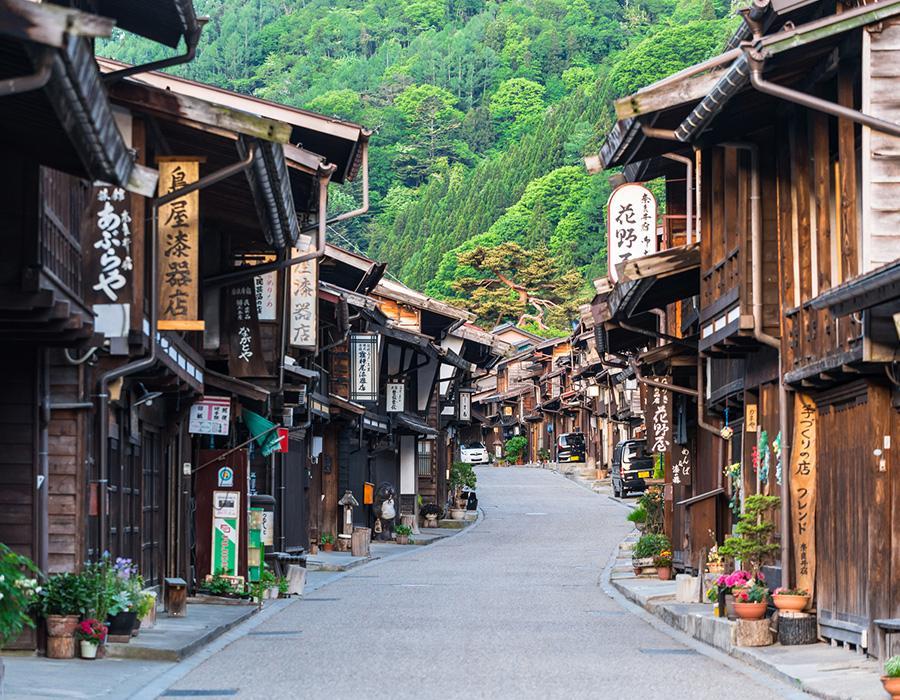 初夏の奈良井宿 イメージ写真